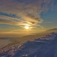 Озарило солнце взглядом... :: Наталья Юрова