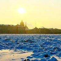 Морозный день на Неве (Ледяные торосы) :: Алексей Корнеев