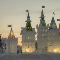 Ледовый городок :: Юрий Лутов