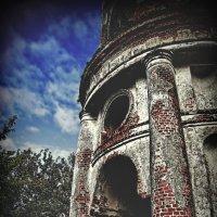Село Угодичи , Церковь Николая Чудотворца и Богоявления в Угодичах :: Евгений Жиляев
