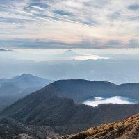 Вид на озеро Онами Ике с вершины горы Каракуни :: Nataliya Barinova