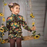 Милая девочка. :: Ирина Тихонова