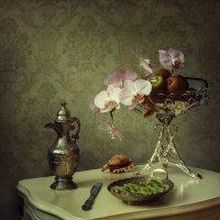 Натюрморт с орхидеей и киви :: Ирина Приходько