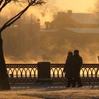 В мороз гуляют фотографы, романтики и туристы :: Вера Моисеева