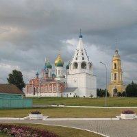 архитектурные изгибы :: tatiana lanskaya