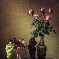 Натюрморт из серии с букетом роз :: Ирина Приходько