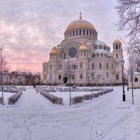 Утро у Собора :: Сергей Григорьев