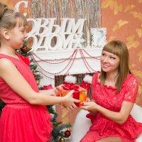 Подарок от дочки :: Анастасия Шаехова
