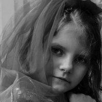 девочка с платком :: Анна Мальм
