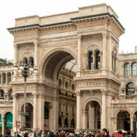Арка-вход в галлерею Виктора Эммануила :: Witalij Loewin