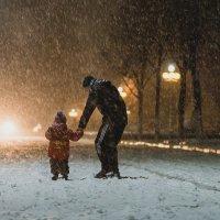 Радуемся первому снегу :: Евгений Патрашко