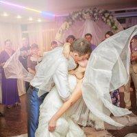 На свадьбе :: Полина Филиппова