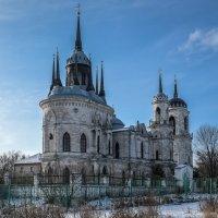 Псевдоготический стиль православного храма :: Elena Kornienko