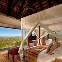 FOUR SEASONS LODGE :: Volmar Safaris
