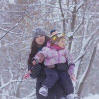 Маша и Кира :: Юля Колосова
