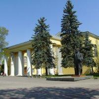 Дом  культуры  в  Дрогобыче :: Андрей  Васильевич Коляскин