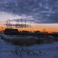 Зимний рассвет :: Валерий Толмачев