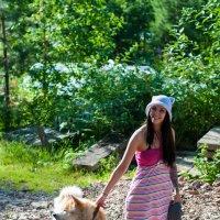 Девушка с собачкой :: Мария Сидорова