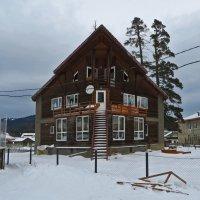Дом с красивыми окнами :: Наталья Джикидзе (Берёзина)