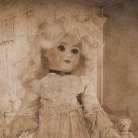 Старинная кукла :: Ростислав
