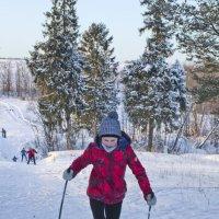 Школьники на лыжне 4 :: Валерий Талашов