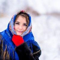 Красота в платке :: Михаил Архипов