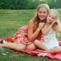 Сестрички :: Ксения Гутор