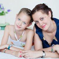 Мама с дочкой :: Юлия Герман