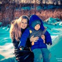 И сколько бы не было у тебя друзей, в самый хреновый момент жизни рядом будет только мама! :: Наталья Александрова
