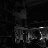 В мастерской :: Витя Ярмолинский