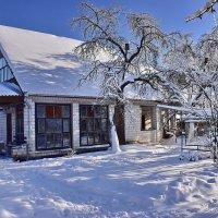 Зима  во  дворе. :: Валера39 Василевский.