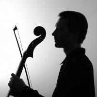 виолончелист Дмитрий :: Тарас Золотько
