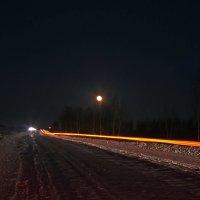 Большак под восходящей луной. :: cfysx