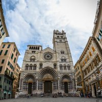Piazza San Lorenzo... :: Maximilian Buckup