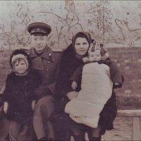 Демобилизация. Фото на память. Багратионовск,  1953 год :: Нина Корешкова