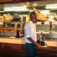 Круизный лайнер. Кофе и свежая выпечка готова уже к 6часам утра! :: Надежда