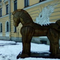 Деревянная скульптура Пегас! :: Светлана Калмыкова