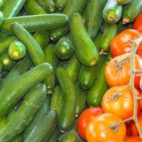 Зеленое и красное :: Леонид