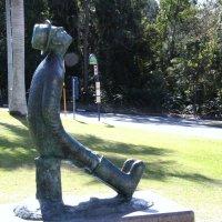 Скульптура Циолковскому у Планетария :: Антонина