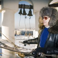 Старый звонарь, ангел мой Хранитель... :: Сергей Смоляков