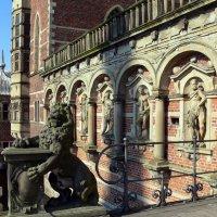 Frederiksborg Slot. Вход через мост :: Mikhail