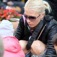 про молодых мам и фото-графинь :: Олег Лукьянов