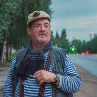 На улице :: Валентин Кузьмин