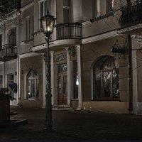 Ночь, улица, фонарь, аптека :: Валерий Чернов