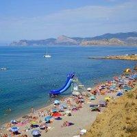 Пляжный сезон :: Виктор Шандыбин