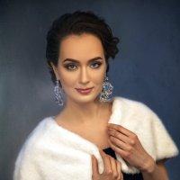 Она была актрисою... :: Ренат Менаждинов
