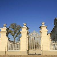 Ворота на заднее крыльцо :: Marina Talberga