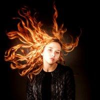 Огненная девочка :: Катерина Демьянцева