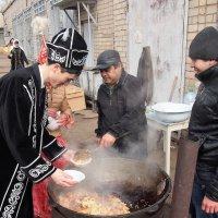 На празднике НАУРЫЗ  Казахстан серия 2\\5 :: Николай Сапегин
