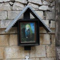 Вход в церковь Марии Магдалины :: Надежда